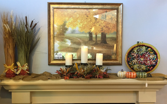 fall-traditional-mantel-used.jpg