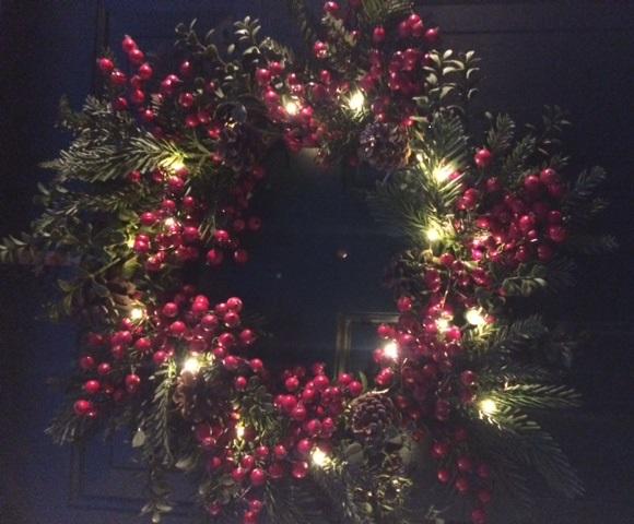 mini-light-set-with-wreath-purchase.jpg