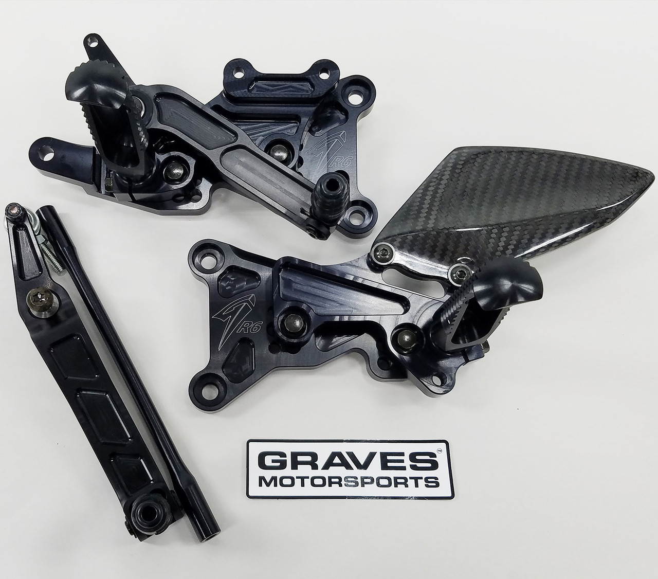 Graves Motorsports Yamaha R6 WORKS Velocity Stacks