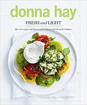 Fresh and LIght (Donna Hay)