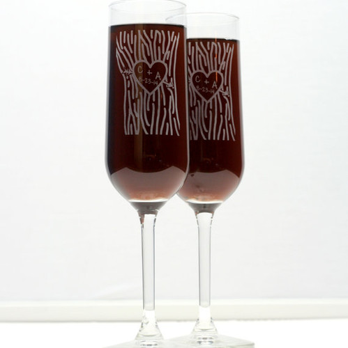 Engraved Modern Champagne Flutes Wedding Couple Initials in Tree Trunk