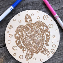 Round sea turtle with bubbles wood coloring panel