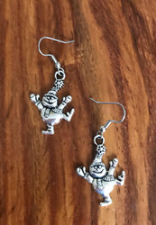 Resell for 5.00 or more Pewter snowman ⛄️ earrings Surgical steel ear wires Style #FSE110917g