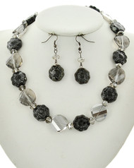 "resell for 27.00 or more Hematite Tone / Black Diamond Glass & Grey Ceramic / Lead&nickel Compliant / Fish Hook (earrings) / Flower / Necklace & Earring Set / •   LENGTH : 16 1/2"" + EXT •   EARRING : 5/8"" X 2"" •   DROP : 3/4""  •   HEMATIES/GREY  Style #HBGGNS040218g"
