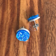 Resell for 9.00 or more Bright blue drusy  Stainless steel post earring Style #BBDE041218