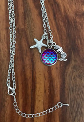 Resell for 12.00 or more 18 inch silver tone chain Plus ext Mermaid necklace Mermaid / starfish/ fish scales Style #MSN041918