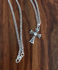 """Resell for 12.00 or more 18 inch silver tone chain Pewter cross w Crystal 1"""" Style #CCN050318"""