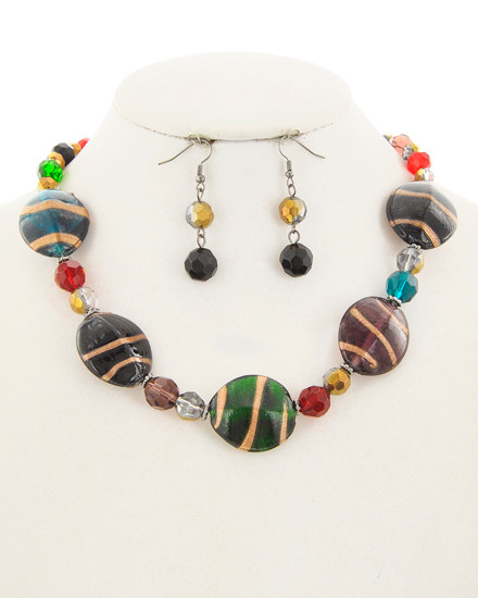 "resell for 45.00 or more Silver Tone / Multi Color Acrylic / Lead&nickel Compliant / Metal / Fish Hook / Dangle (earrings) / Necklace & Earring Set  •   LENGTH : 17"" + EXT •   EARRING : 1/2"" X 2"" •   DROP : 1 1/16""	 •   HEMATITE/MULTI  Style #MCANS110918"