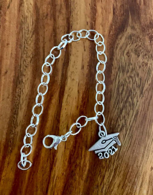 resell for 12.00 or more  7 to 8 inch link charm bracelet Pewter 2021 graduation charm Style #21GCB120318