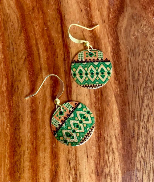 """Resell for 15.00 or more Copper enamel painted earring Gold tone  Green, orange , black  3/4"""" Style #GOEE010518"""
