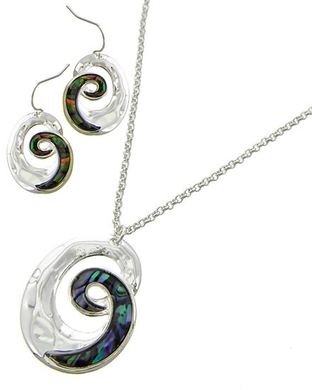 "resell for 60.00 or more Silver Tone / Abalone Shell / Lead&nickel Compliant / Metal / Fish Hook (earrings) / Pendant Necklace & Earring Set  •   LENGTH : 16"" + EXT •   PENDANT : 1"" X 1 3/8"" •   EARRING : 3/4"" X 1 1/8""	 •   SILVER/ABALONE   Style #ASNS012419"