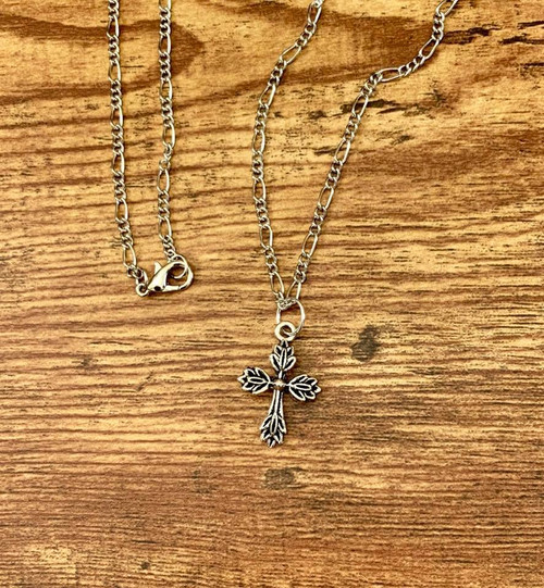 "resell for 15.00 or more Pewter flowery cross pendant on 20"" figaro silver tone chain Style #FCPN013119"