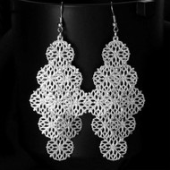 """resell for 15.00 or more Silver tone Chandelier Floral Circle Earring Boho Chic 3.5"""" long Style #FCCE040519"""