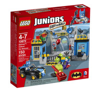 Lego Juniors Batman: Defend the Bat Cave 10672