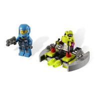 Lego Alien Conquest Space Alien Striker 7049