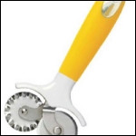Pastry Cutting Wheel - Handle Color May Vary