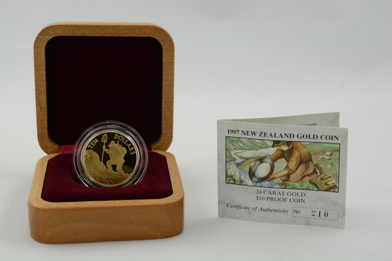 1995 Gold Prospector New Zealand Brilliant Uncirculated $10 Coin