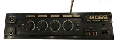 Boss DM100 Delay machine