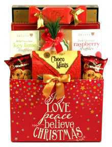 This special holiday gift basket will leave them starry eyed with wonder, as they celebrate the magic of Christmas in their home or office!  It includes a delicious combination of sweet treats and savory snacks that they are sure to enjoy this Christmas!
