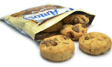 FAMOUS AMOS CHOC CHIP COOKIES 56 GR