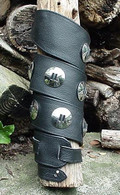 CUSTOM BLACK TOPGRAIN LEATHER GUITAR STRAP W 11 CONCHOS