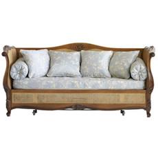 Fontainbleau Trundle Bed