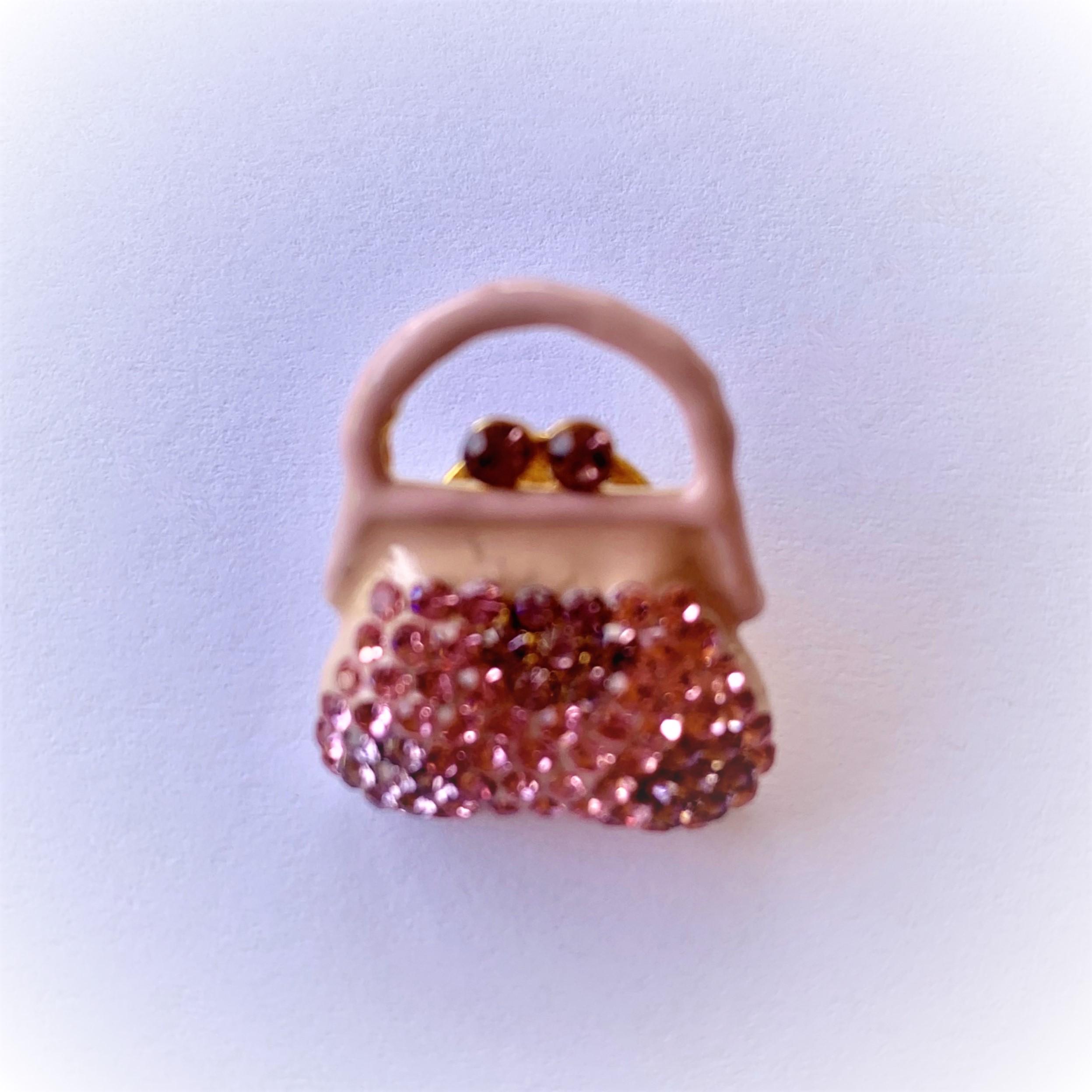 pinkpurse-2-.jpg