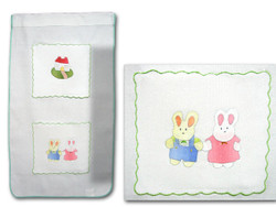 Baby Bunnie Wall Hanging with 2 pouches