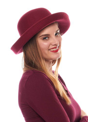 http://d3d71ba2asa5oz.cloudfront.net/12022065/images/5hart48_lifestyle_side_burgundy_a.jpg