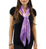 http://d3d71ba2asa5oz.cloudfront.net/12022065/images/3dbassnl_lavender_lifestyle_wrap_around_neck_tail_a.jpg