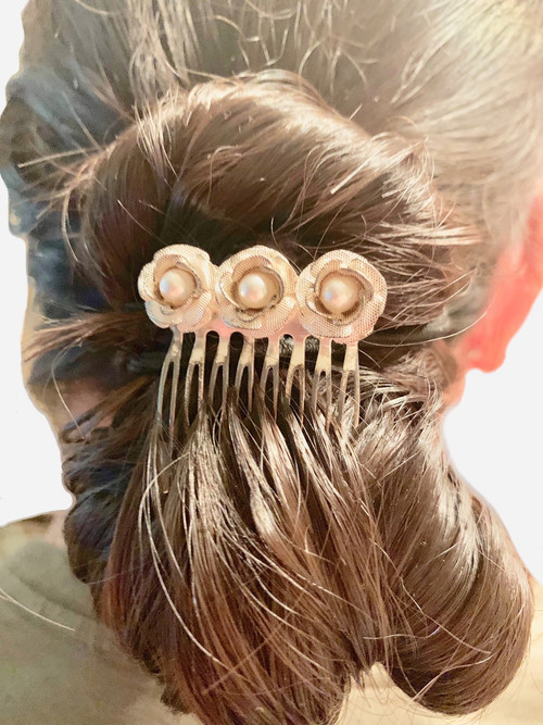 Distress Vintage Style with Pearl Hair Barrette