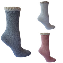 Vintage Style Cable Knit Crew Socks for Ladies 3 pack