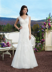 Sincerity Bridal by Justin Alexander Bridal Dress 3813 Ivory Size 14 on Sale