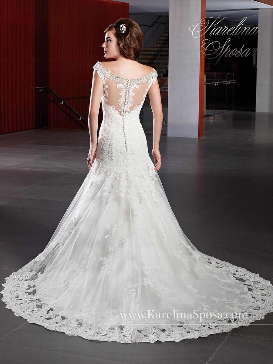 See 3 More Pictures: Size 14 Wedding Dresses At Reisefeber.org