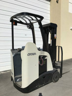 2010 Crown Electric Forklift RC5520-30, Dockstocker, Narrow Aisle