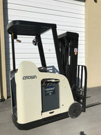 2009 Crown electric forklift RC5530-30 Standup, Dockstocker