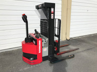"2017 RSS40 RAYMOND ELECTRIC WALKIE STACKER 72""/150"" W/ 2019 BATTERY"