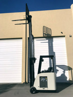 2009 Crown Electric Forklift, Narrow Aisle Counterbalance, Dockstocker
