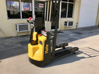 2015 YALE Electric Pallet Jack 4,500 Lb Capacity with Charger