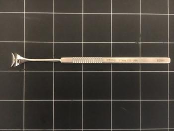 "Photo of Storz E0981 Desmarres Lid Retractor Size 1, 5.4"""