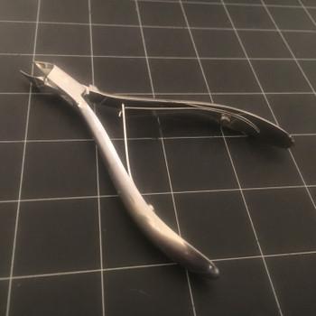 "Handle photo of Miltex 40-250-SS Tissue & Cuticle Nipper, Convex Jaws, 4.5"""