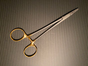 Photo of Aesculap BM013R Durogrip Baby Crile-Wood Needle Holder, TC, 6""