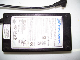 SYNTAX AC ADAPTER FSP060-1AD101C / 9NA0600702