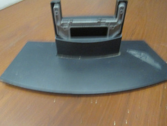 Westinghouse W32VBA2LS Stand / Base (Screws Not Included)