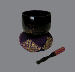 Boon Decor Gong Bowl Set - Black Lacquer Hammered Brass Gong Bowl - 5 dia