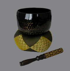 "Gong Bowl Set - Hammered Brass Gong Bowl - 6"" dia."