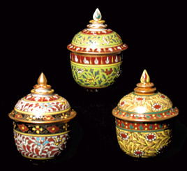 Boon Decor Benjarong Porcelain Covered Jar - Classic Shape With Raised Jewel Designs