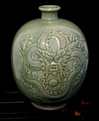 Boon Decor Celadon Dragon Vase 9 high