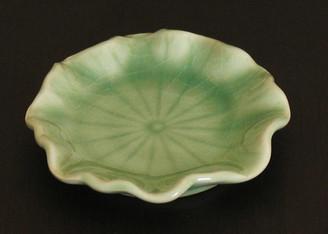 Boon Decor Ikebana Bowls, Celadon Ikebana Bowl Under Dish - Lotus Leaf - Celadon - 3.5 Diameter