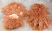 Long fur paws with contrasting paw pads and claws